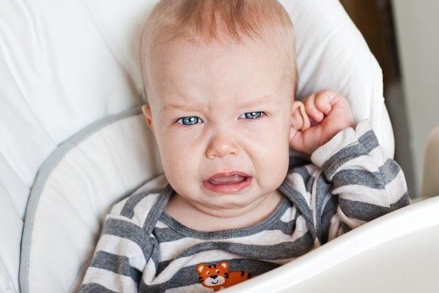 Dor de ouvido em bebê: sintomas e tratamento
