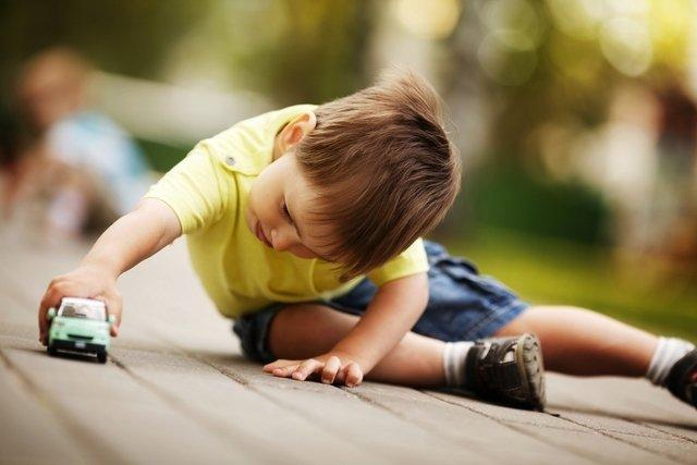 Como identificar os primeiros sinais e sintomas de autismo leve