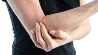What can right arm pain indicate and how to treat