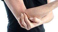 Qué puede causar dolor en el brazo derecho y qué hacer