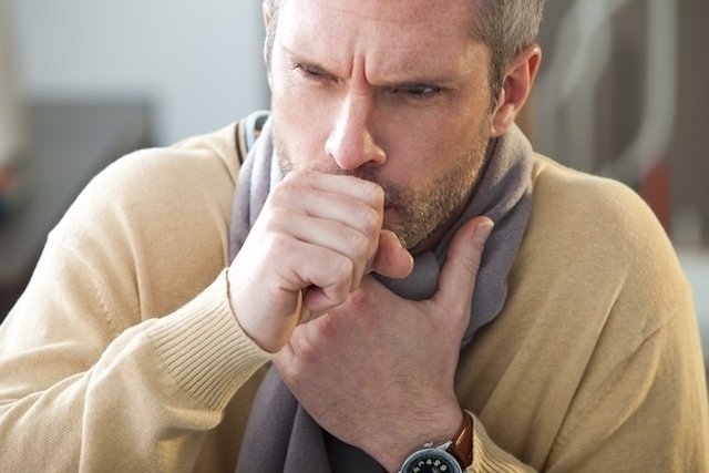 O que pode ser coceira na garganta