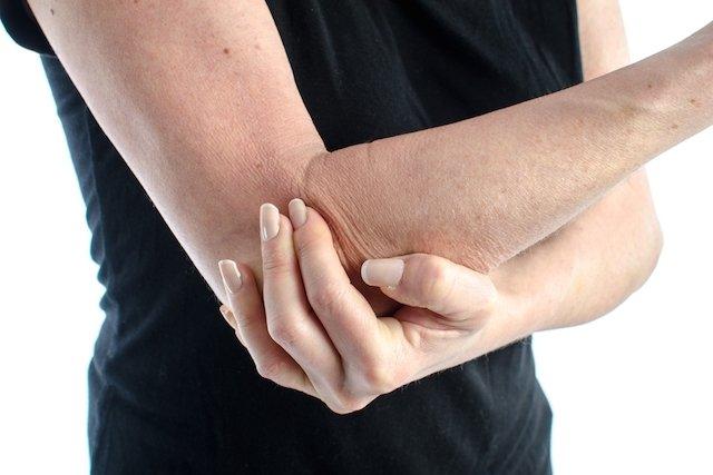 Saiba o que causa Dor no Cotovelo