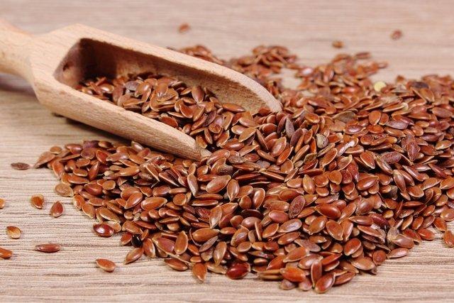 7 principais benefícios da semente de linhaça e como usar