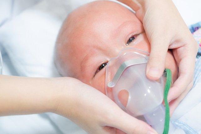 O que é a Síndrome do desconforto respiratório infantil e como tratar