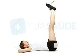 Exercícios com elástico para engrossar as pernas