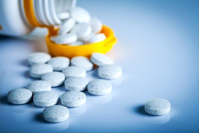 5 tipos de remédios que podem causar catarata