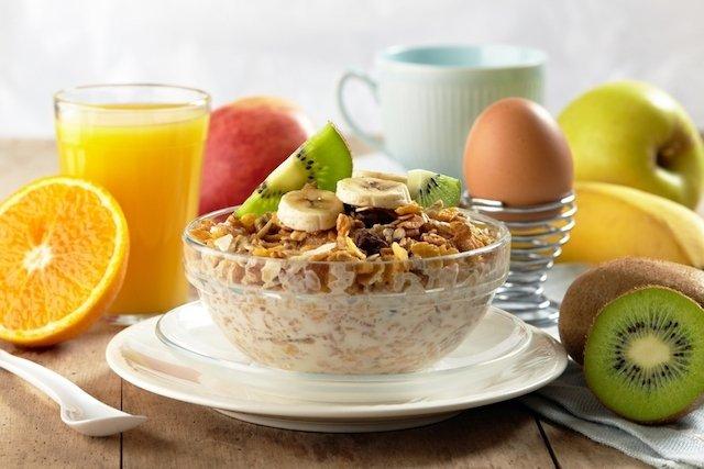 5 opções de café da manhã saudável para emagrecer