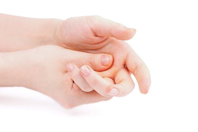 massagem-relaxante_16810_l Automassagem no pescoço e mãos para fazer no Trabalho