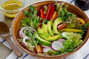 Salada de agrião com abacate