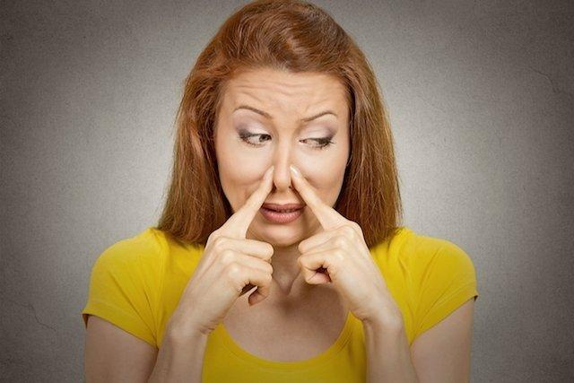 Principais sintomas de DST na mulher