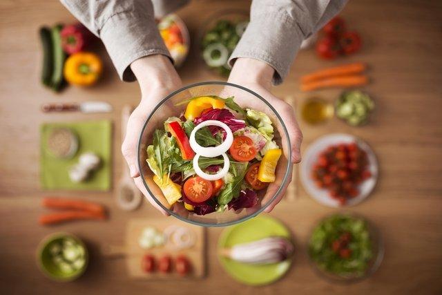 que alimentos se deben evitar para la tension alta