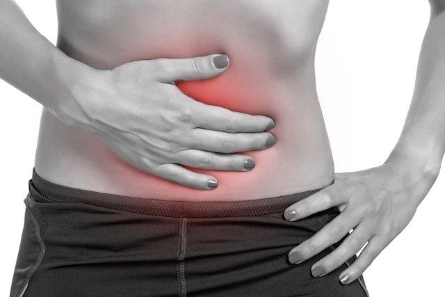 Como fazer um enema (clister) para limpar o intestino em casa
