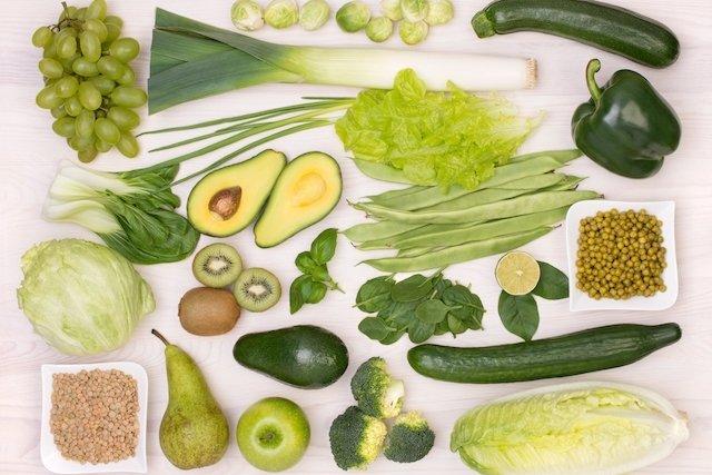 أغذية خضراء داكنة غنية بحمض الفوليك