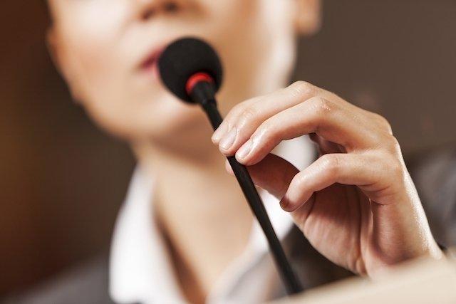 Como evitar o surgimento de Calo nas cordas vocais