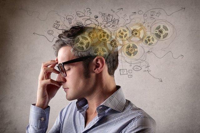 sindrome-do-pensamento-acelerado_21097_l Como identificar e tratar a Síndrome do Pensamento Acelerado