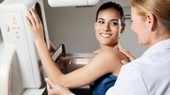 Cisto na mama pode virar câncer?