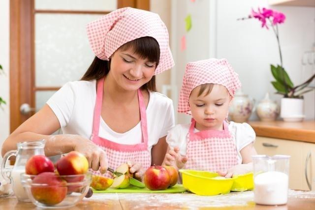 O que fazer para a criança mastigar a comida