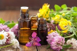 2. Oléos essenciais de cedor, eucalipto e alfazema