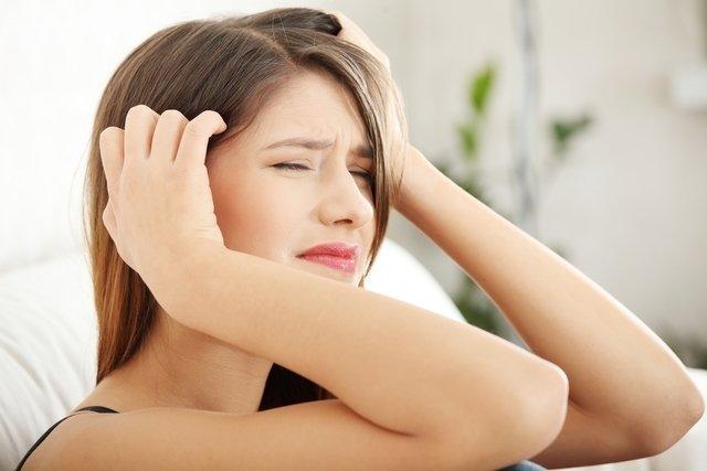 Dolor en el cuero cabelludo: Principales causas y qué hacer