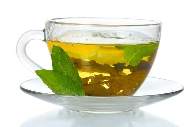 3 xícaras de chá verde por dia protegem o coração