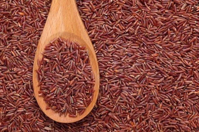 5 Benefícios do Arroz Vermelho (um deles é diminuir o apetite)
