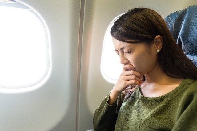 O que acontece no corpo durante uma viagem de avião