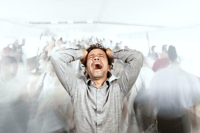O que é agorafobia e principais sintomas