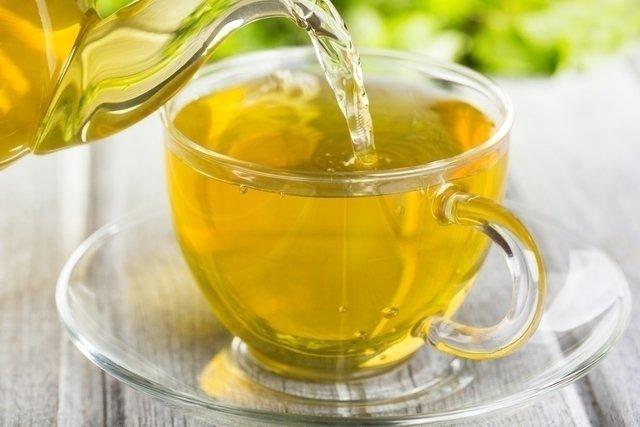 Chás para tratar a infecção urinária naturalmente