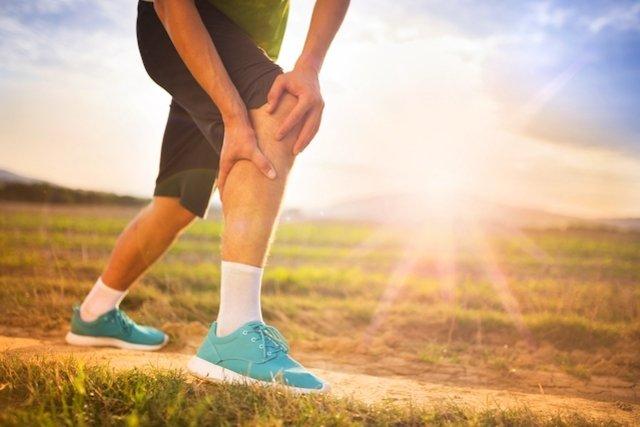 Flexiona mientras se calambres musculares