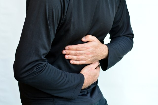 cuales son los sintomas de un dolor de vesicula