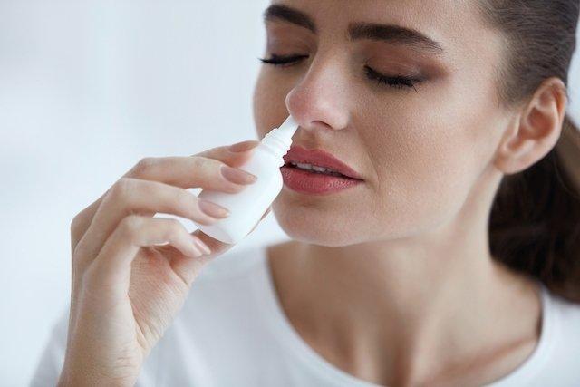 Cómo curar una infección de nariz