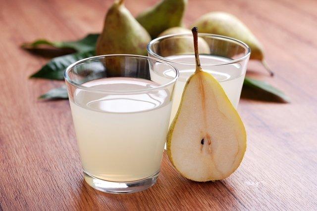 Resultado de imagen para limon, pera y agua de coco para la resaca