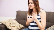Qué causa acidez durante el embarazo y qué hacer