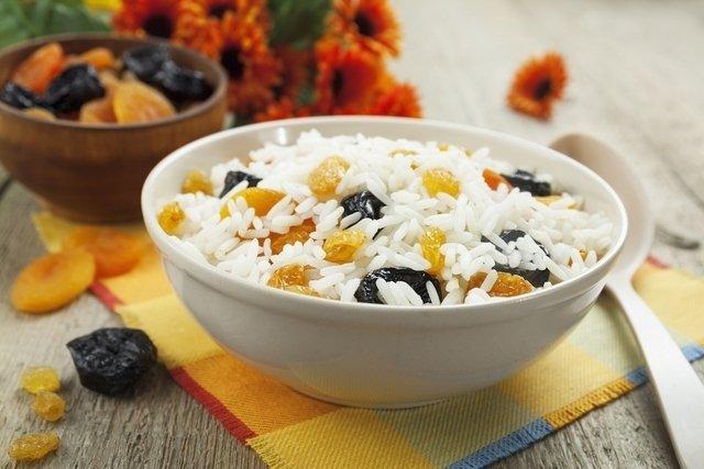 Uva passa: O que é, benefícios e como consumir