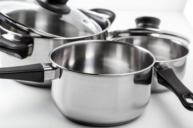 Alergia a níquel: alimentos e utensílios que não deve usar