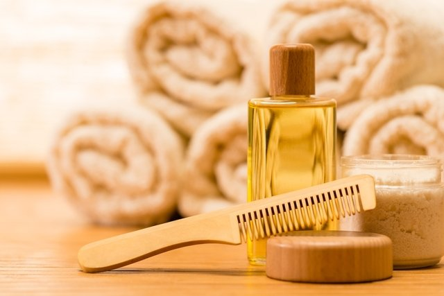 Como usar oleo de rícino no cabelo e na pele
