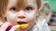 ¿Cuándo cepillar los dientes al bebé?