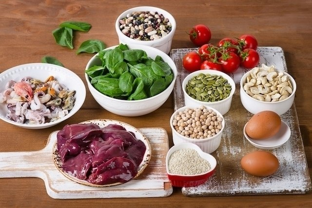 ¿Qué son los alimentos ricos en hierro?