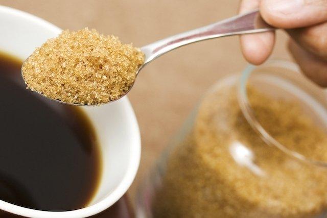 7 tipos de açúcar: diferenças e qual o melhor para a saúde