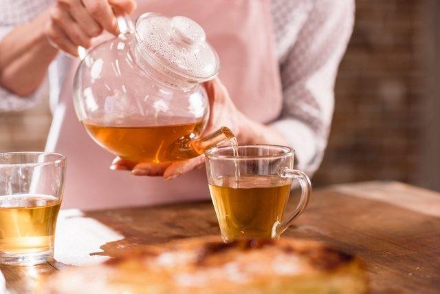 4 melhores chás laxantes para combater a prisão de ventre