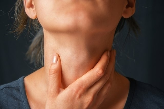 7 symptoms of thyroid problems