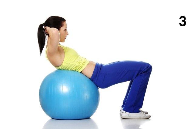 3 exercícios para afinar a cintura em casa