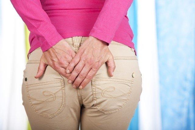 O que é o abscesso anal, principais causas e como tratar