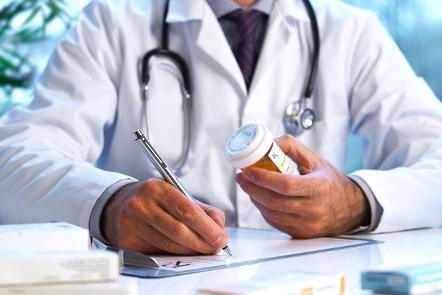 Tratamiento para los hongos en la piel con antimicóticos