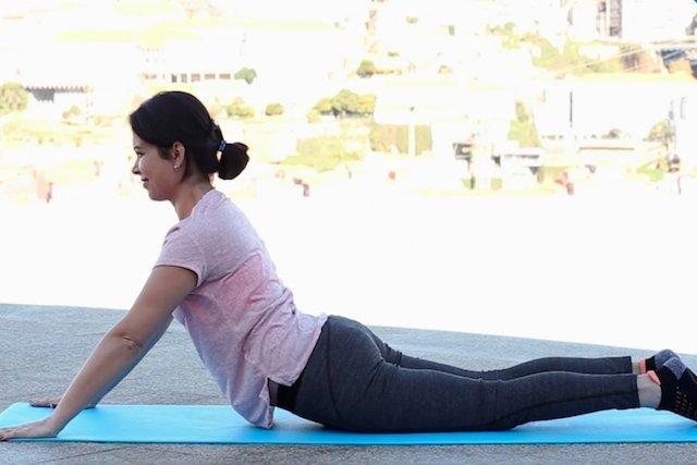 5 exercícios simples para melhorar a postura em casa