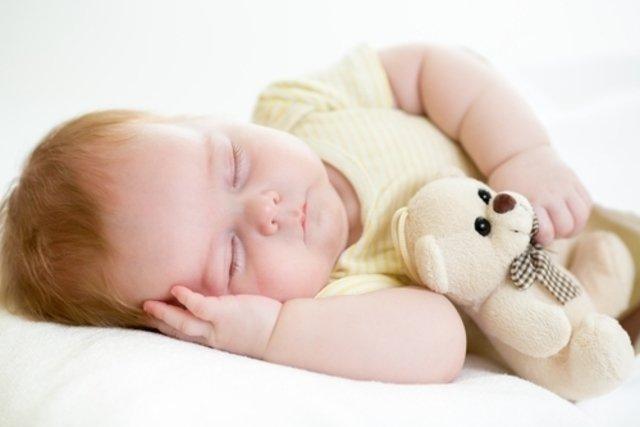 Quantas horas o bebê precisa dormir - de 0 a 3 anos