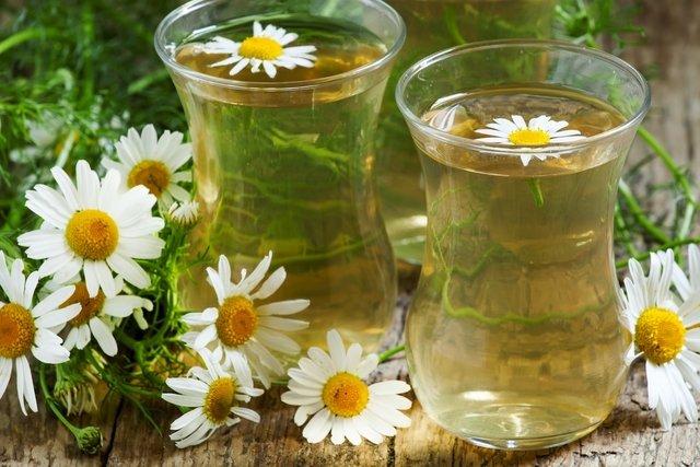 4 remédios caseiros para conjuntivite e como preparar