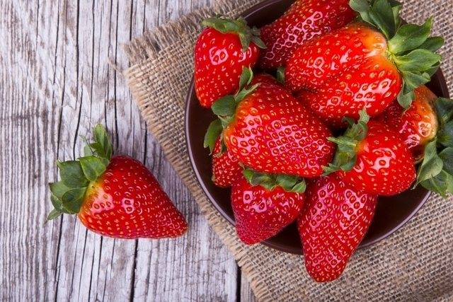 10 Alimentos que ajudam a emagrecer
