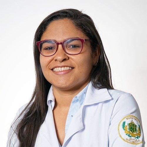 Dr. Clarisse Bezerra