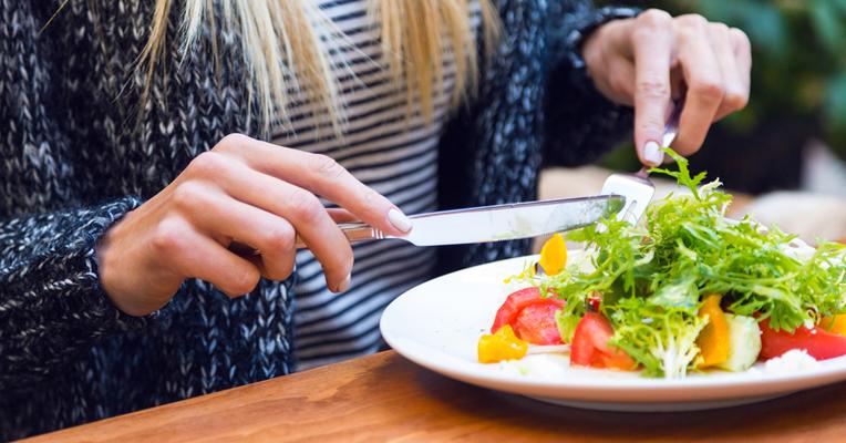 Comer variado: un consejo que ahora ponen en duda